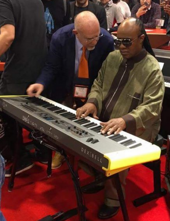 Stevie Wonder & Luigi Bruti (inginer Dexibell)